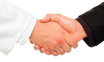handshakedoctorpatient
