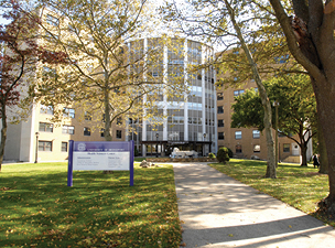 The University of Bridgeport and THE AMERICAN CHIROPRACTOR: Bring Distance Learning to Your Doorstep